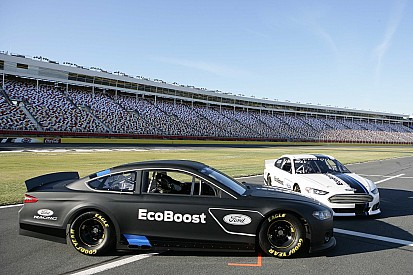 Ford Racing introduces 2013 Fusion Cup race car