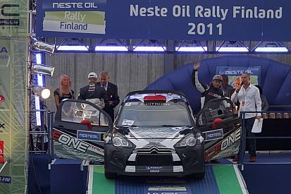 Raikkonen puts rally hobby on hold for Lotus