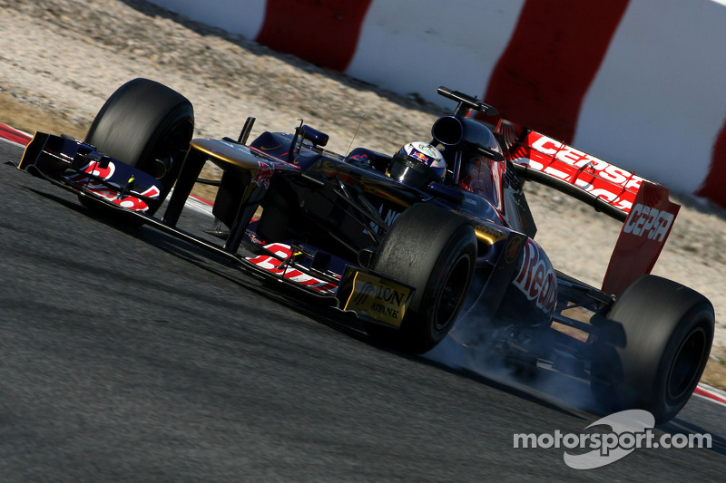 Toro Rosso Barcelona testing -  Day 2 report