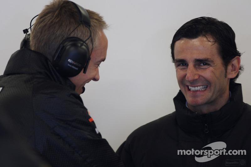 Alonso 'more complete' than Schumacher - de la Rosa