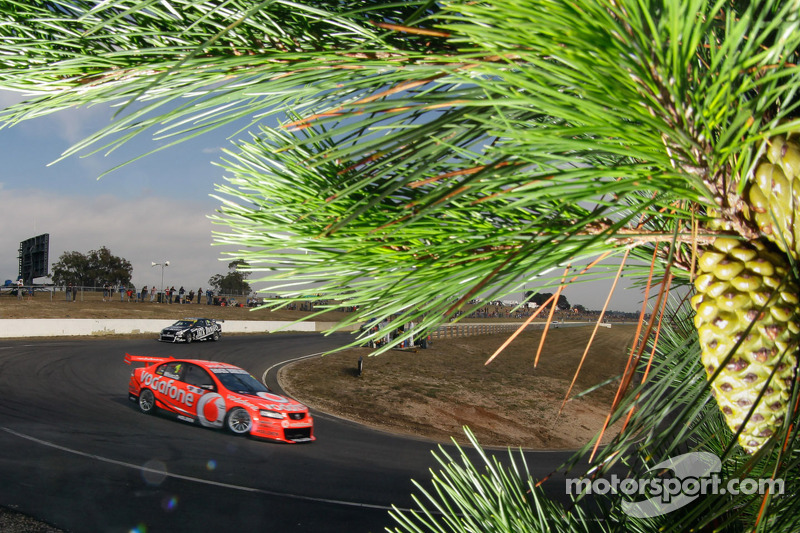TeamVodafone Tasmania race 1 report