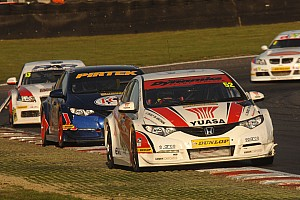 BTCC Shedden takes Donington double, Jackson leaves with race 1 victory