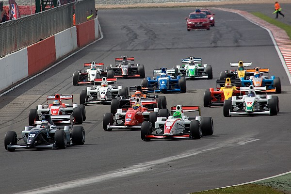 F2 New 'F1-style' overboost system produces thrilling F2 season opener
