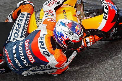 Stoner takes his first pole of 2012 at Estoril