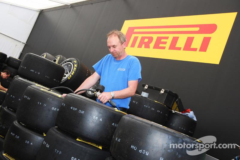 Pirelli - Barcelona tyre test day with Alguersuari
