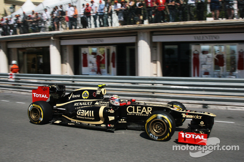 Button says Lotus car to beat in Monaco