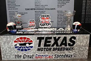 IndyCar Gossage says hosting 2012 season finale is possible for Texas Motor Speedway
