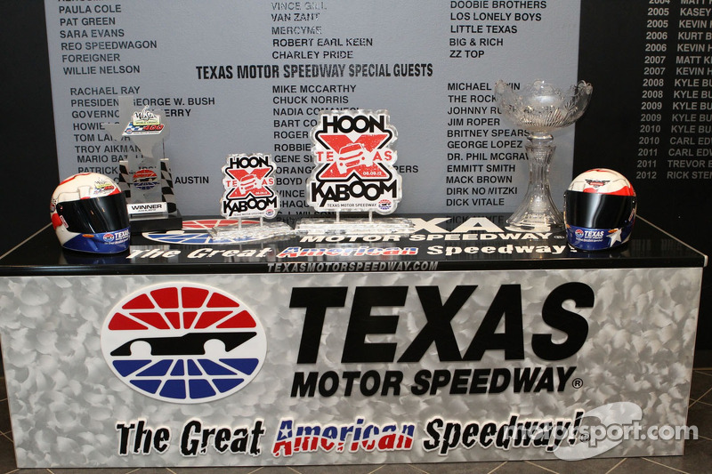 Gossage says hosting 2012 season finale is possible for for Texas motor speedway schedule this weekend