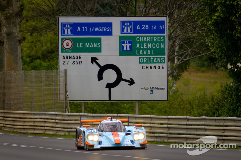 Nissan sets the scene for a Le Mans thriller