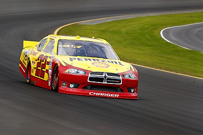 Penske crew chief says drivers not off the throtte much at Michigan