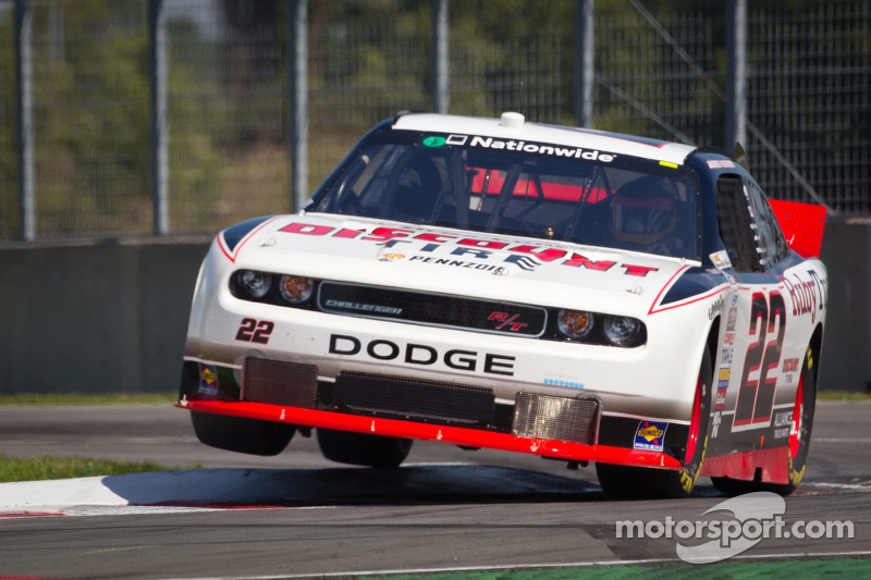 Road course specialists give Road America race international flavor