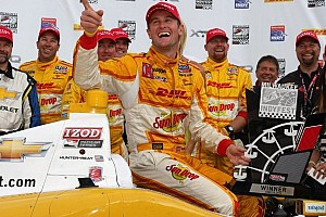 IndyCar Race report Iowa win gives Ryan Hunter-Reay second consecutive trip to victory lane