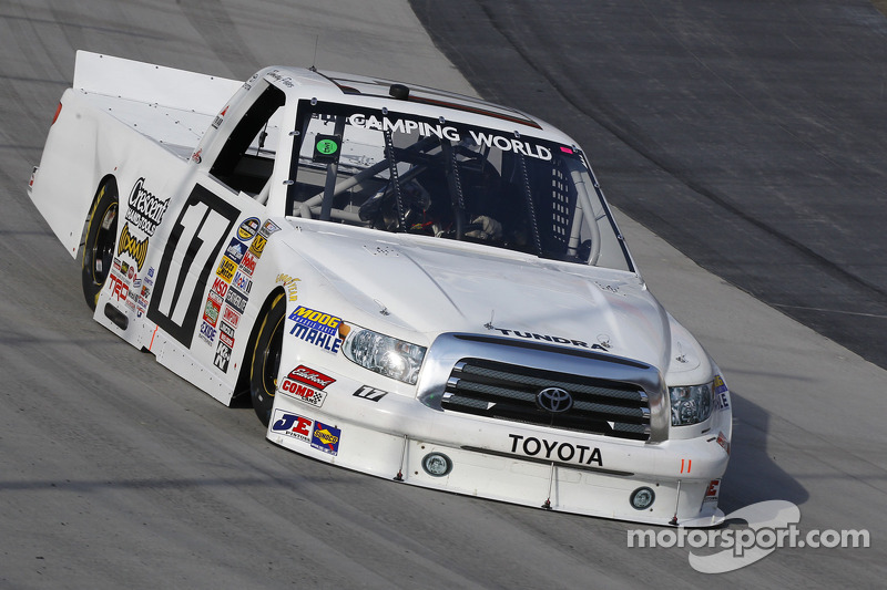 Restarts pay off handsomely for Toyota drivers at Iowa
