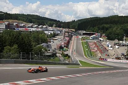Speed Comparison: GT vs. F1 through Eau Rouge - Video
