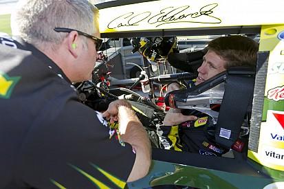 Bob Osborne steps down as crew chief for Carl Edwards' Ford