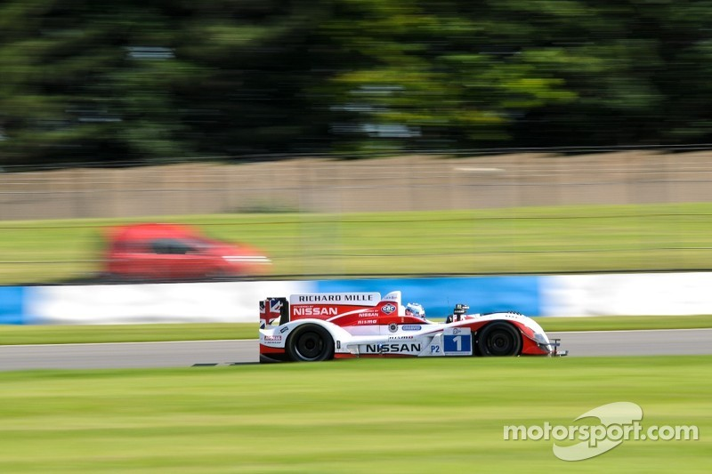 Tough Day for Greaves Motorsport at the Six Hours of Donington