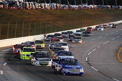 Tight title tilt travels to Chicagoland