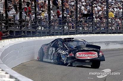 Kurt Busch testing the safer barrier Brickyard 400 2002 - Video