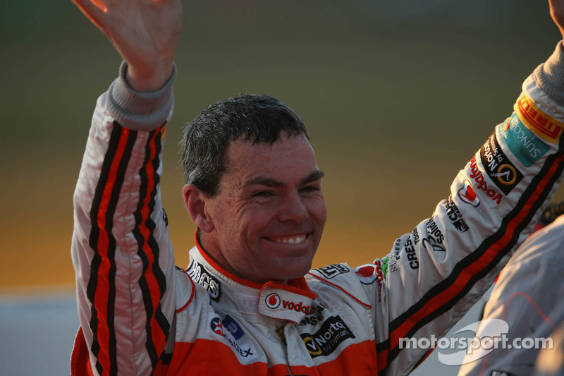 Lowndes takes back-to-back victories at Queensland Raceway