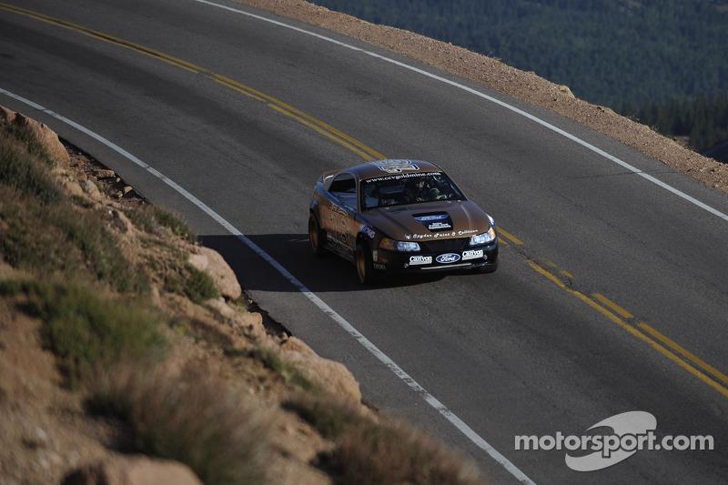 Two Super Stock Car teams handed Pikes Peak victories