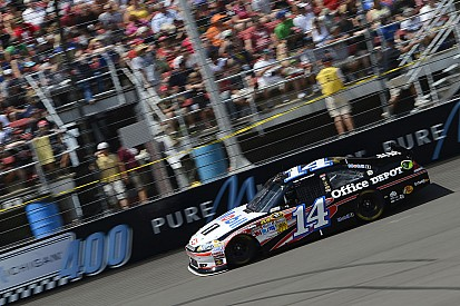 Engine woes drop Stewart to 32nd at Michigan