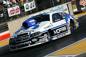 NHRA Qualifying report Mopar dominates Pro Stock qualifying, earns pole at Texas Fall Nationals