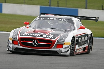Basseng and Winkelhock take provisional title in controversial fashion at Donington