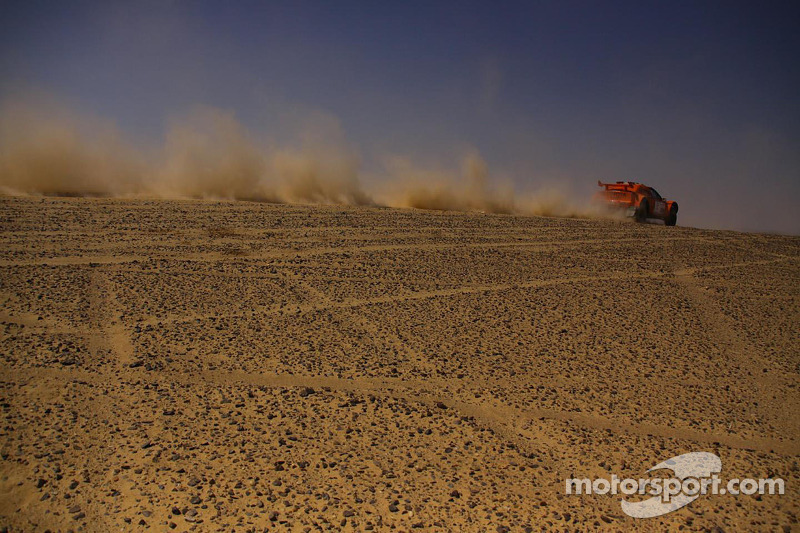"Schlesser the ""Desert Fox"" fights back on day 2 of Pharaons Rally"