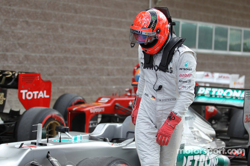 Mercedes made 'right choice' with Hamilton - Schumacher