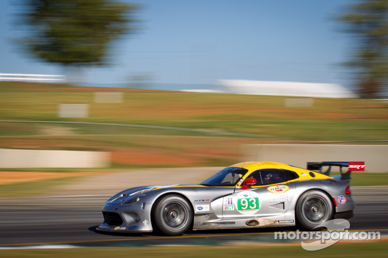 SRT Viper team continues learning process at Petit Le Mans