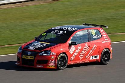 AmDTuning.com impress in season finale at Brands Hatch