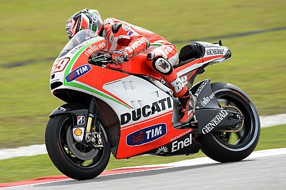 Ducati's Hayden fourth, Rossi fifth in Malaysian GP