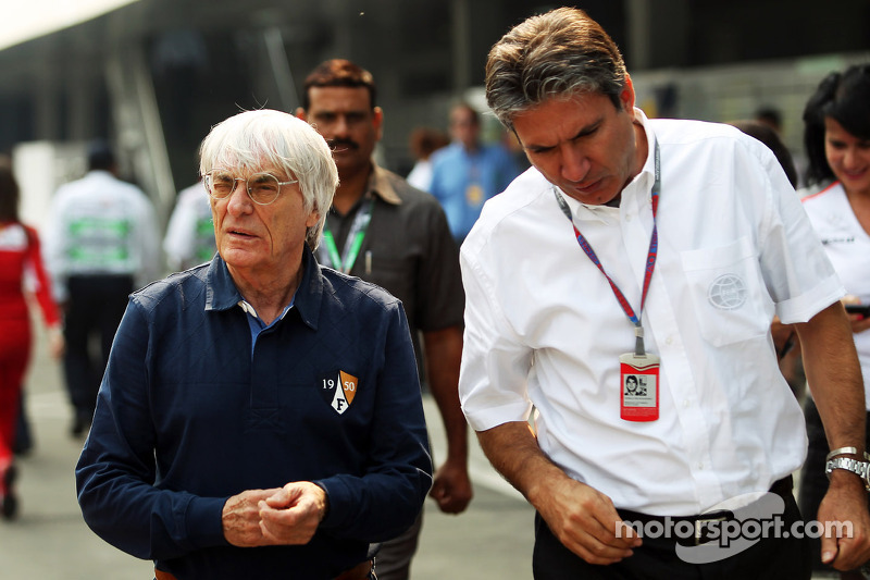 Ecclestone to act as Ferrari gesture sparks controversy
