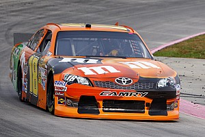 NASCAR Cup Race report Kyle Busch lead Toyota driver with a second place at Martinsville