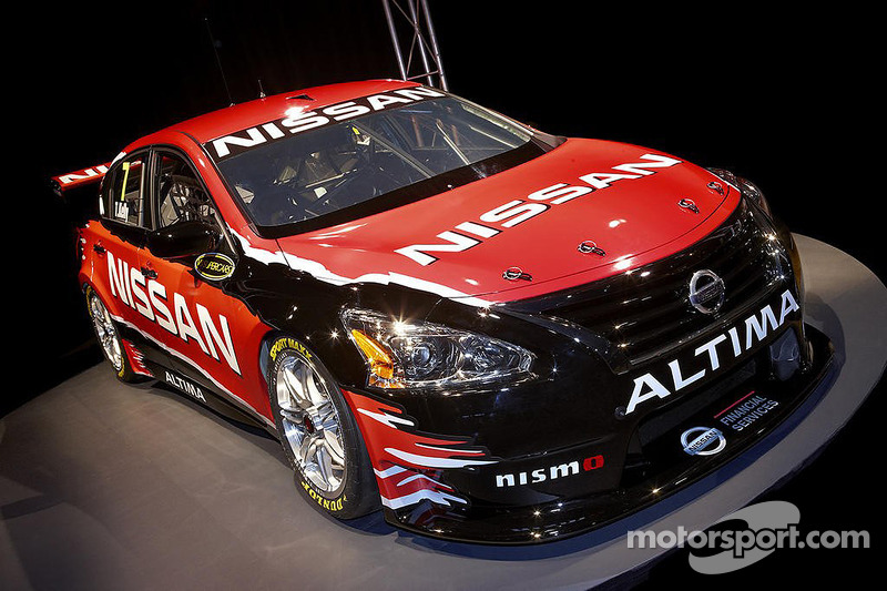 Nissan And Kelly Racing Look Forward To 2017 With Launch Of Altima