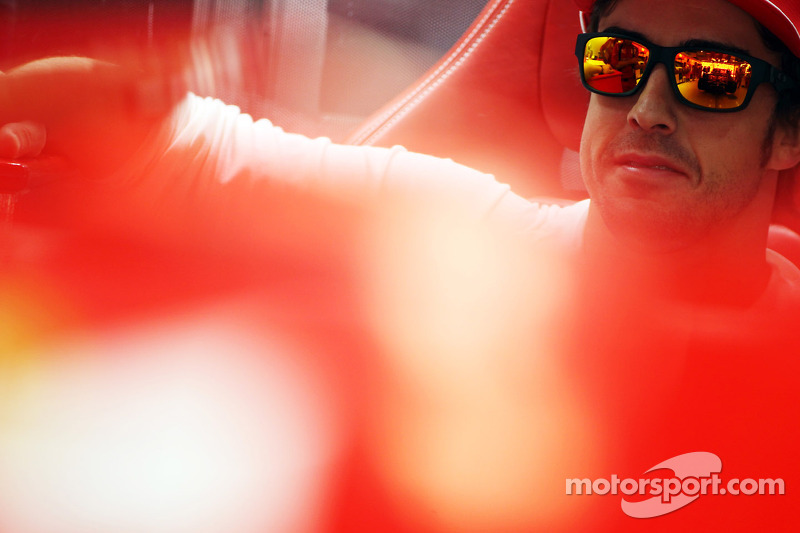 Alonso furious at Ferrari in India