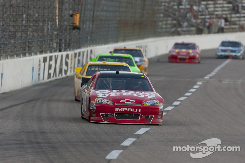 Stewart makes Texas-sized rally at TMS