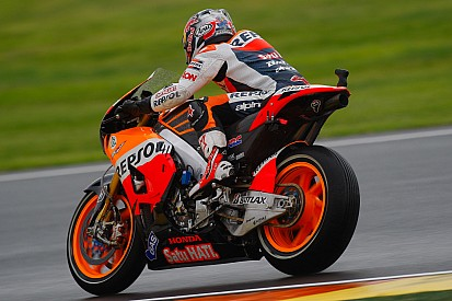 Bridgestone: Riders on softer rear tyres during qualifying in Valencia