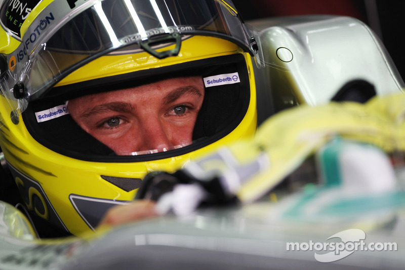 Hamilton right to bet on Merc's 'long term' success - Rosberg