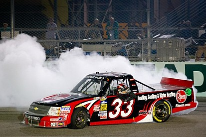 Gale noses to first-career truck win in Homestead 200