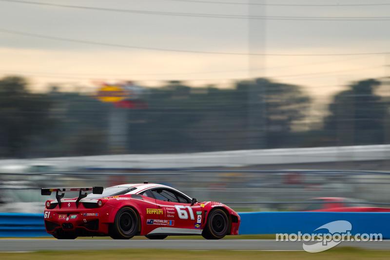 AIM Autosport teams FXDD and R.Ferri wrap up Daytona 24H testing