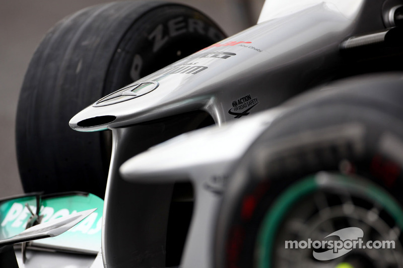Mercedes, Toro Rosso, to launch at Jerez
