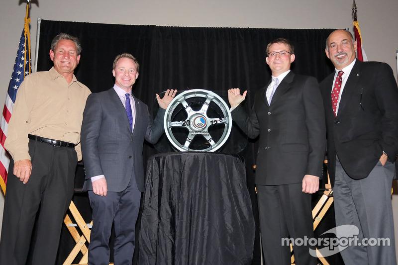 Cliff White presented with annual RRDC Mark Donohue Award in Daytona