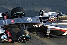 Hulkenberg's feet too big for new Sauber