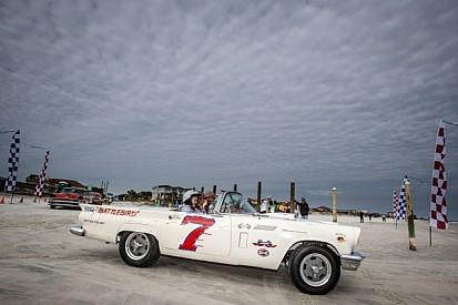 Legends of racing return to the beach at Daytona