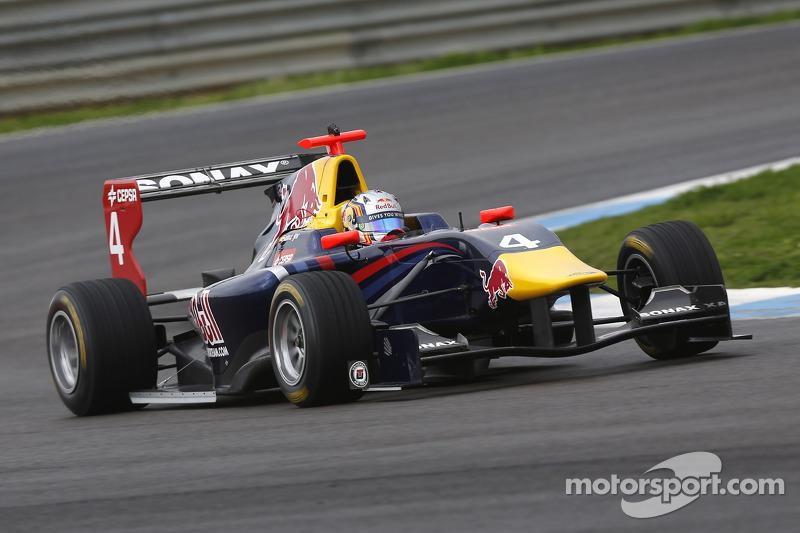 Sainz Jr quickest again on day two testing in Estoril
