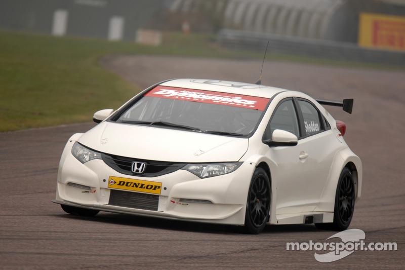 Honda teams rack up the miles during Thruxton testing