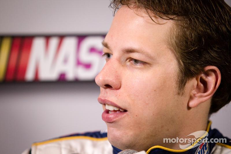 Keselowski and Logano expecting a good race at Phoenix 500