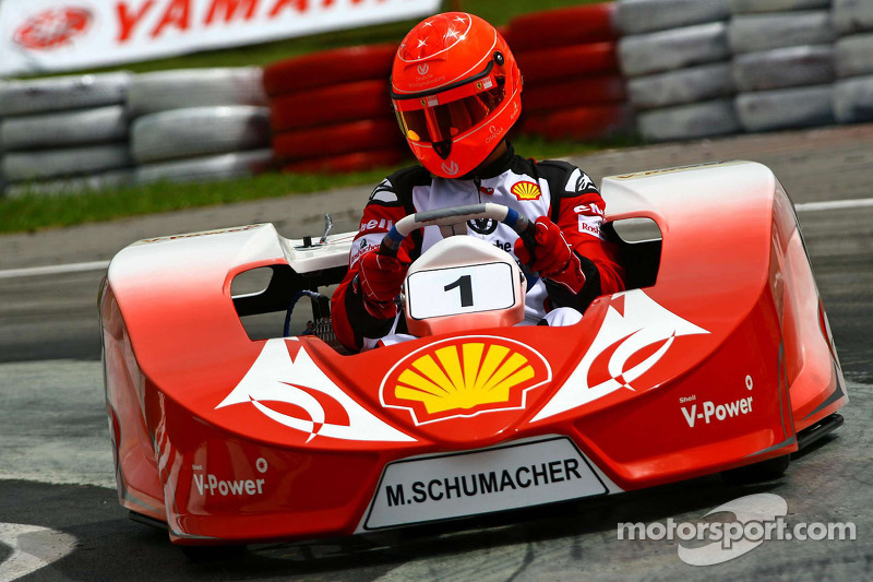 Alguersuari, Schumacher to race karts