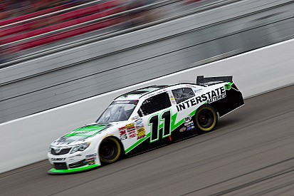 Sadler stays strong with fifth-place finish at Las Vegas